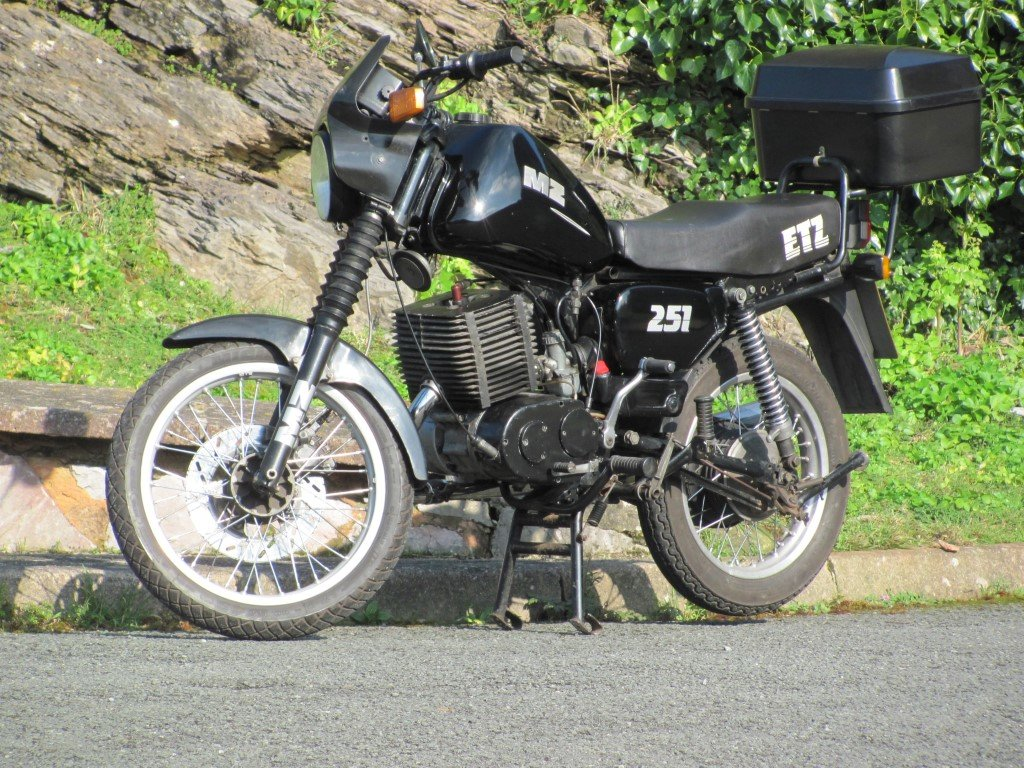 MZ 1992 ETZ251 2 stroke For Sale (picture 4 of 5)