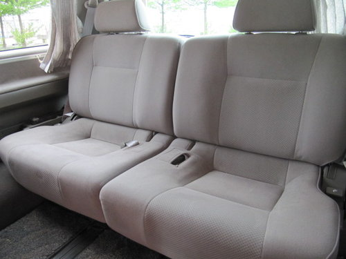 2001 NISSAN ELGRAND 3.5 AUTOMATIC 8 SEATER CAMPER 23000 MILES For Sale (picture 5 of 6)