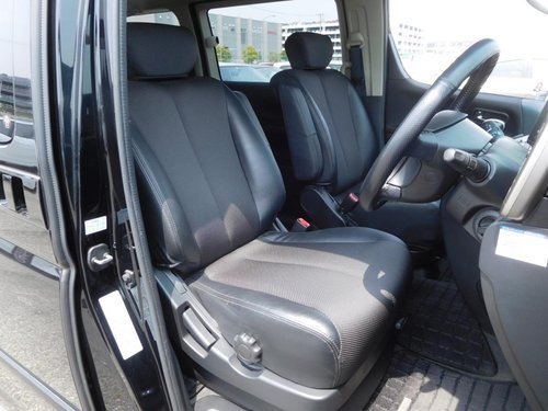 2005 Nissan Elgrand Highway Star 3.5i V6 Auto For Sale (picture 4 of 6)