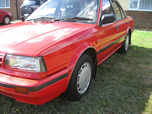 1989 Nissan Bluebird 1.8GS Auto For Sale (picture 4 of 6)