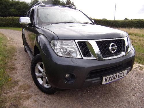 2011 Nissan Navara 2.5 Tekna Auto For Sale (picture 1 of 6)