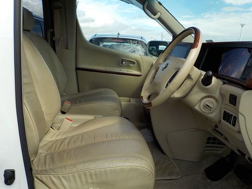2005 NISSAN ELGRAND NISSAN ELGRAND 3.5 XL 4WD 7 SEATS SUNROOFS SOLD (picture 3 of 6)