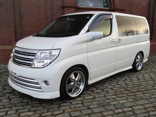 2006 NISSAN ELGRAND 2.5 RIDER S 4X4 ONLY 49000 MILES BODY KIT  For Sale (picture 1 of 6)