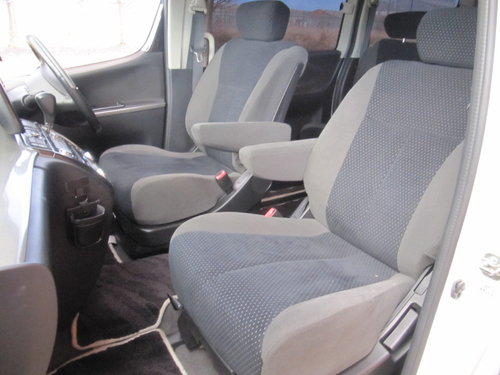 2006 NISSAN ELGRAND 2.5 RIDER S 4X4 ONLY 49000 MILES BODY KIT  For Sale (picture 3 of 6)