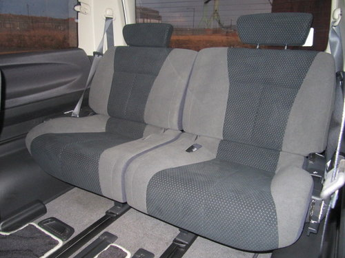 2006 NISSAN ELGRAND 2.5 RIDER S 4X4 ONLY 49000 MILES BODY KIT  For Sale (picture 5 of 6)