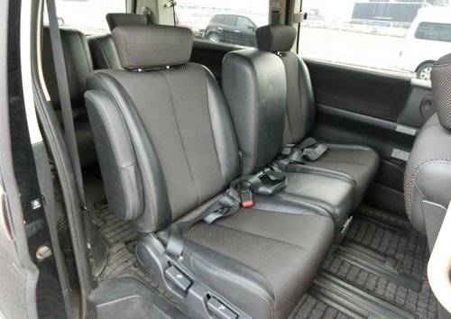 2005 NISSAN ELGRAND 2.5 HIGHWAY STAR * FRESH IMPORT * 8 SEATER CA SOLD (picture 4 of 6)