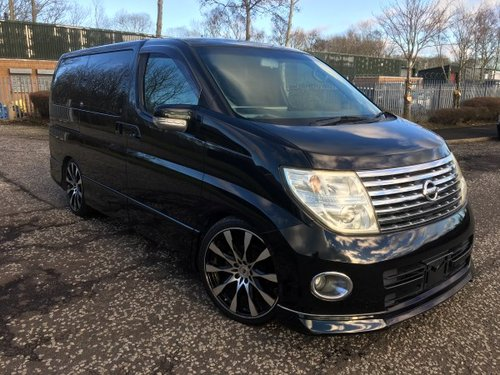 2005 FRESH IMPORT NISSAN ELGRAND HIGHWAY STAR 8 SEATS AUTO  For Sale (picture 1 of 6)
