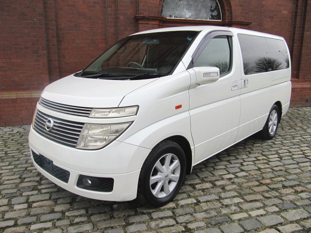 2003 ELGRAND E51 NE51 3.5 XL 7 SEATS LEATHER SUNROOFS & CURTAINS For Sale (picture 1 of 6)