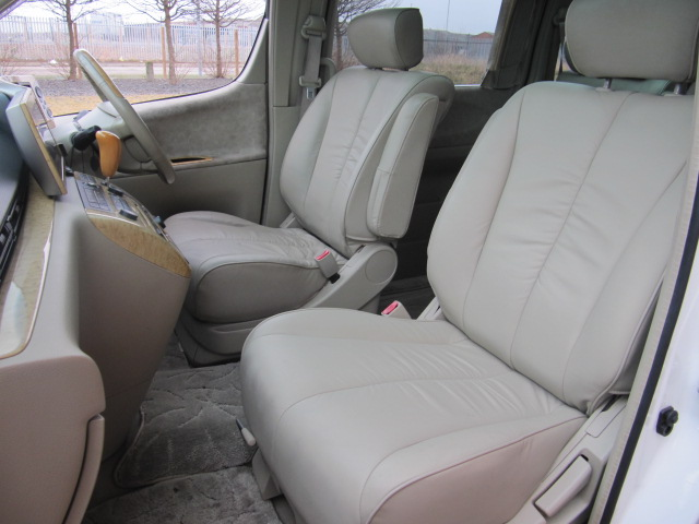 2003 ELGRAND E51 NE51 3.5 XL 7 SEATS LEATHER SUNROOFS & CURTAINS For Sale (picture 3 of 6)