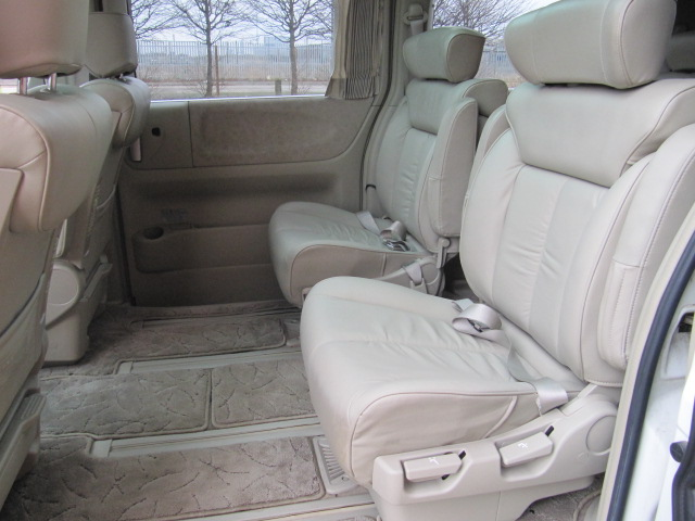 2003 ELGRAND E51 NE51 3.5 XL 7 SEATS LEATHER SUNROOFS & CURTAINS For Sale (picture 4 of 6)
