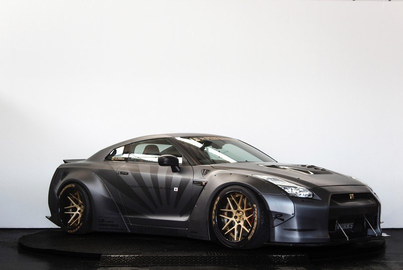 2010 Liberty Walk Nissan GT-R - 650BHP - Airrex Suspension  For Sale (picture 2 of 6)
