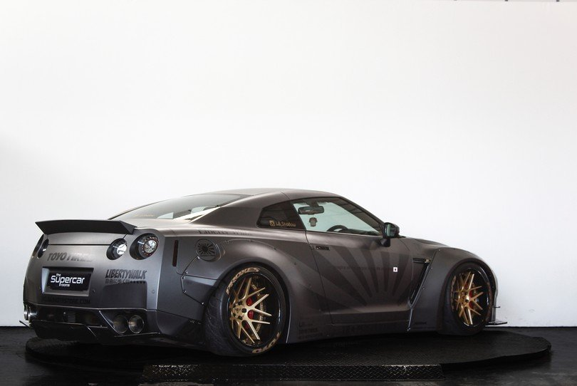 2010 Liberty Walk Nissan GT-R - 650BHP - Airrex Suspension  For Sale (picture 3 of 6)
