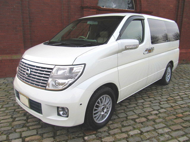 2006 NISSAN ELGRAND 3.5 XL 4X4 TOP OF THE RANGE * TWIN SUNROOF  SOLD (picture 1 of 6)