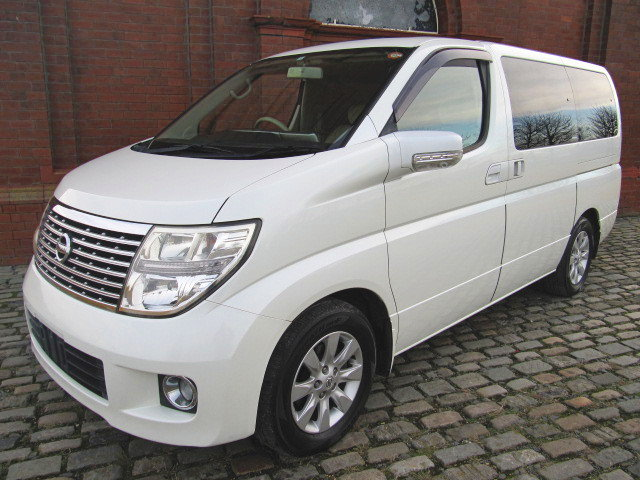 2006 NISSAN ELGRAND 2.5 V 4X4 TWIN SUNROOF & TWIN POWER DOORS  SOLD (picture 1 of 6)