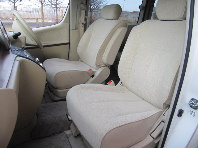2006 NISSAN ELGRAND 2.5 V 4X4 TWIN SUNROOF & TWIN POWER DOORS  SOLD (picture 3 of 6)