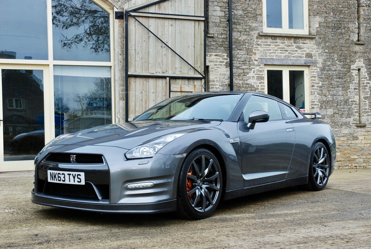 2013 Nissan GTR, Superb example ash For Sale (picture 2 of 6)
