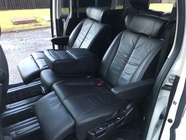 2008 FRESH IMPORT NISSAN ELGRAND HIGHWAY STAR 4WD LEATHER ED For Sale (picture 4 of 6)