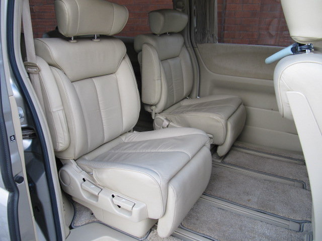 2005 NISSAN ELGRAND E51 3.5 XL LEATHER * TWIN POWER DOORS SOLD (picture 4 of 6)
