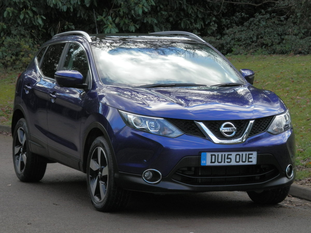 Nissan Qashqai N-TEC + Dig-T.. Top Spec Pan Roof + Low Miles SOLD (picture 2 of 6)