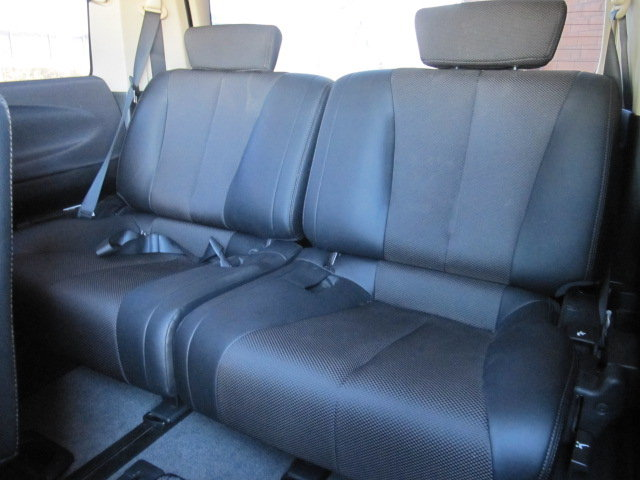2006 ELGRAND E51 3.5 * HIGHWAY STAR * HALF LEATHER For Sale (picture 5 of 6)