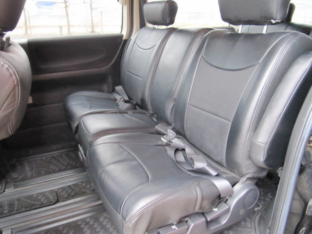 2005 NISSAN ELGRAND 3.5 HIGHWAY STAR * ONLY 27000 MILES * 8 SEATS SOLD (picture 4 of 6)