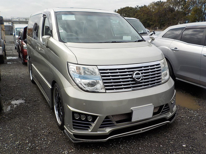 2009 NISSAN ELGRAND 3.5 XL CUSTOM ELGRAND * TOP OF THE RANGE *  For Sale (picture 1 of 6)