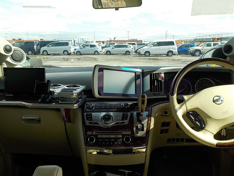 2009 NISSAN ELGRAND 3.5 XL CUSTOM ELGRAND * TOP OF THE RANGE *  For Sale (picture 4 of 6)
