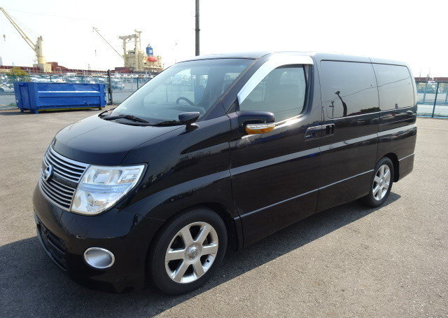 NISSAN ELGRAND 2007 250 HIGHWAY STAR BLACK LEATHER EDITION  For Sale (picture 1 of 6)