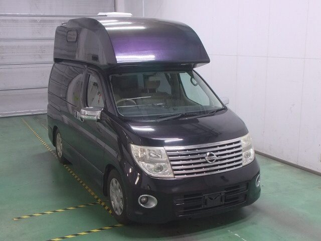 2006 NISSAN ELGRAND 2.5 4X4 DAY VAN RARE HIGH TOP CAMPER * For Sale (picture 2 of 6)