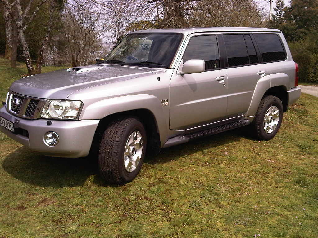 2005 Nissan Patrol for sale SOLD (picture 1 of 6)