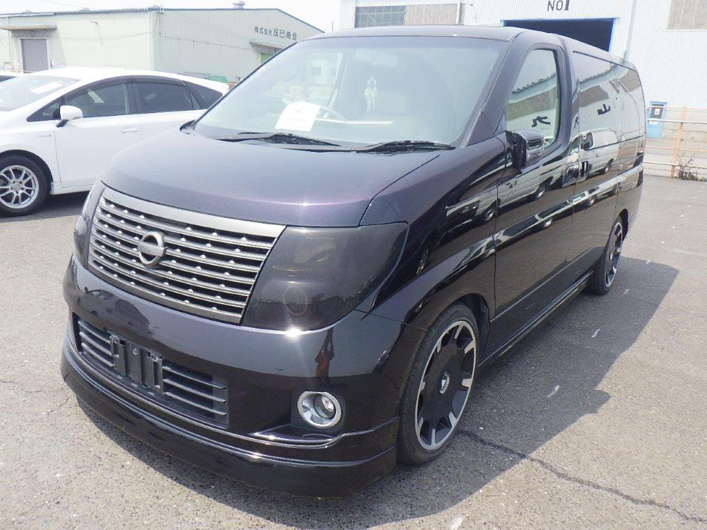 2004 NISSAN ELGRAND 3.5 XL * TOP OF THE RANGE * FULL LEATHER *  SOLD (picture 1 of 6)
