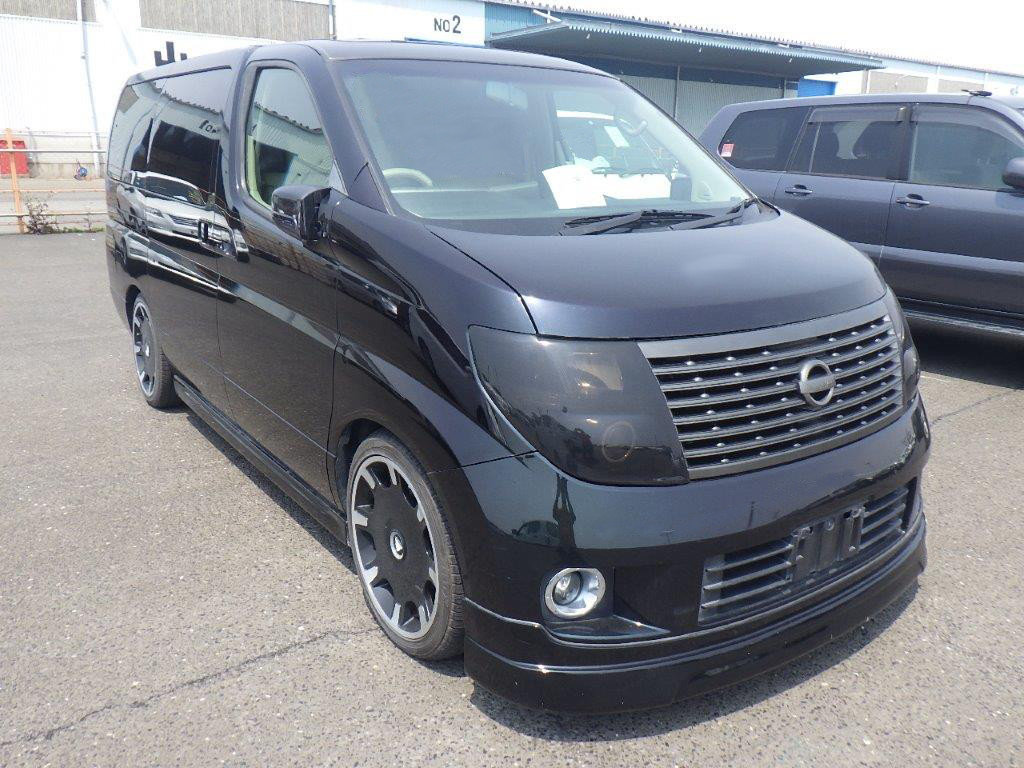 2004 NISSAN ELGRAND 3.5 XL * TOP OF THE RANGE * FULL LEATHER *  SOLD (picture 2 of 6)