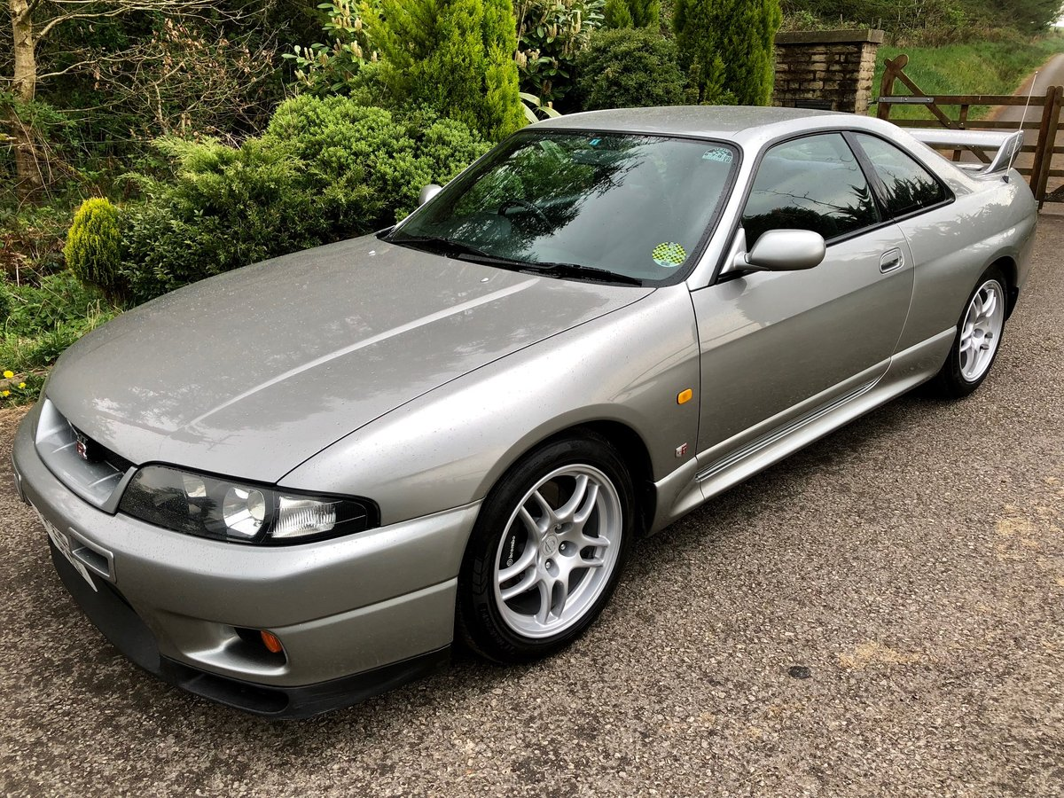 1997 Nissan Skyline R33 GT-R, 42,000 mls, immaculate For Sale (picture 1 of 6)