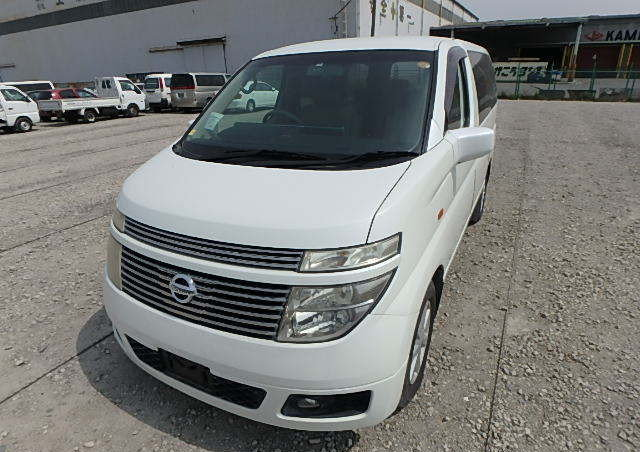 NISSAN ELGRAND 2004 3.5 VG 4X4 TWIN POWER DOORS 8 SEATER * T For Sale (picture 1 of 6)
