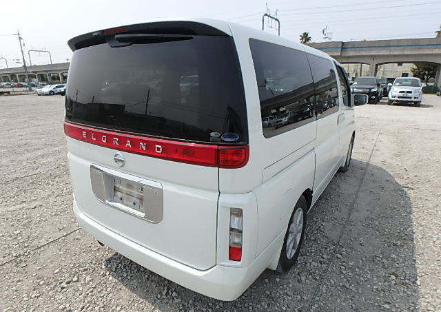 NISSAN ELGRAND 2004 3.5 VG 4X4 TWIN POWER DOORS 8 SEATER * T For Sale (picture 2 of 6)