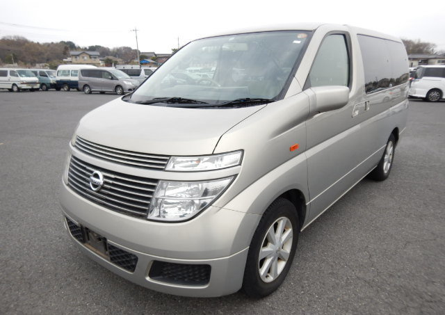 2004 NISSAN ELGRAND 3.5 VG AUTOMATIC POWER SLIDING DOOR 8 SEATER SOLD (picture 1 of 6)