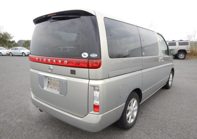 2004 NISSAN ELGRAND 3.5 AUTOMATIC POWER SLIDING DOOR 8 SEATER For Sale (picture 2 of 6)