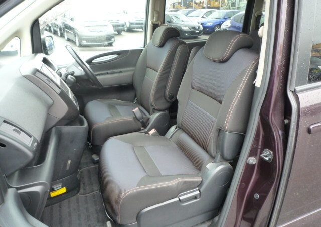 2007 NISSAN SERENA FACELIFT 2.0 HIGHWAY STAR URBAN * 8 SEATER For Sale (picture 3 of 6)