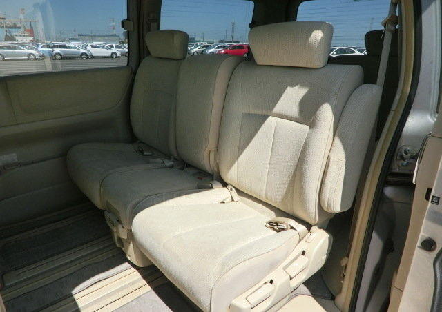 NISSAN ELGRAND 2008 2.5 AUTOMATIC 8 SEATER * CAMERA & POWER  For Sale (picture 4 of 6)