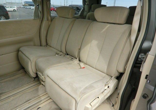 NISSAN ELGRAND 2008 3.5 AUTOMATIC 350 X 8 SEATER * CURTAINS  For Sale (picture 4 of 6)
