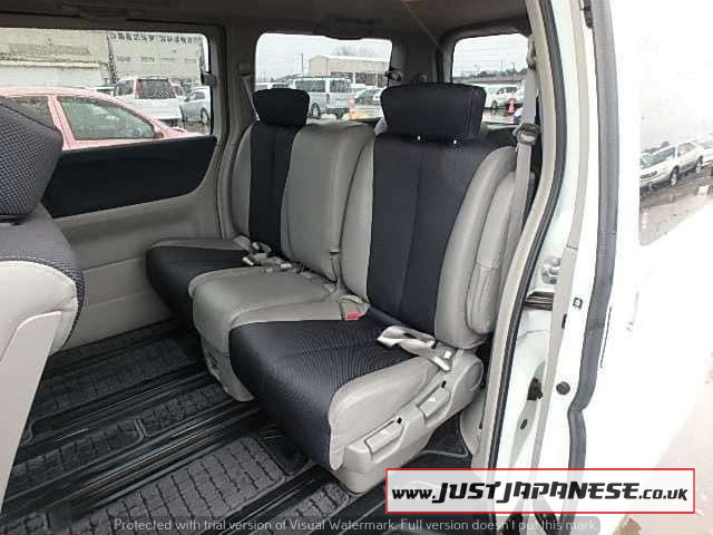 2004 NISSAN ELGRAND E51 3.5i V6 Auto Dayvan HIGHWAY STAR 2wd For Sale (picture 4 of 6)