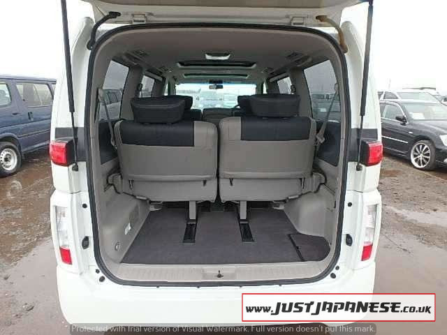 2004 NISSAN ELGRAND E51 3.5i V6 Auto Dayvan HIGHWAY STAR 2wd For Sale (picture 5 of 6)