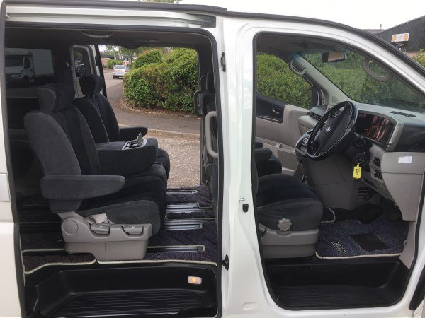 2004 FRESH IMPORT NISSAN ELGRAND RIDER AUTO 3.5 8 SEATS For Sale (picture 3 of 6)