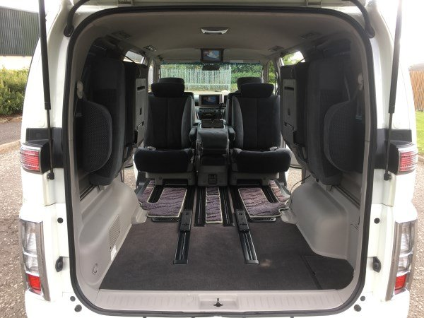 2004 FRESH IMPORT NISSAN ELGRAND RIDER AUTO 3.5 8 SEATS For Sale (picture 4 of 6)