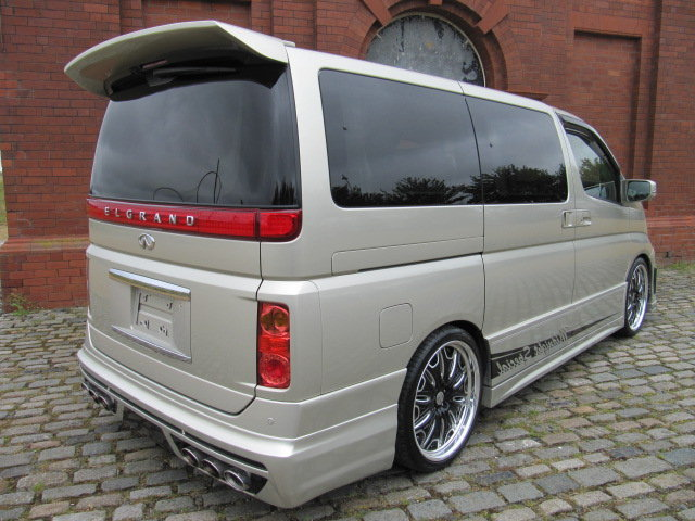2009 NISSAN ELGRAND 3.5 XL CUSTOM ELGRAND * TOP OF THE RANGE *  SOLD (picture 2 of 6)