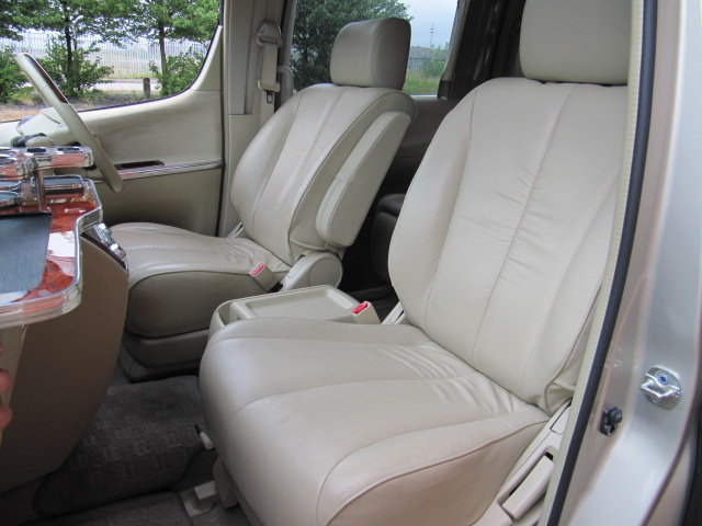 2009 NISSAN ELGRAND 3.5 XL CUSTOM ELGRAND * TOP OF THE RANGE *  SOLD (picture 3 of 6)