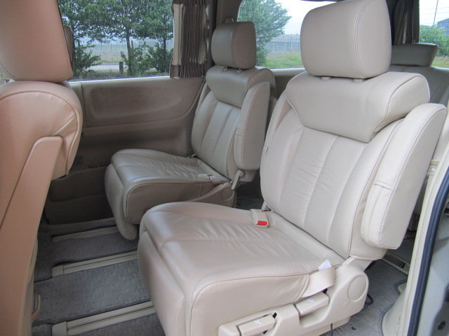 2009 NISSAN ELGRAND 3.5 XL CUSTOM ELGRAND * TOP OF THE RANGE *  SOLD (picture 4 of 6)