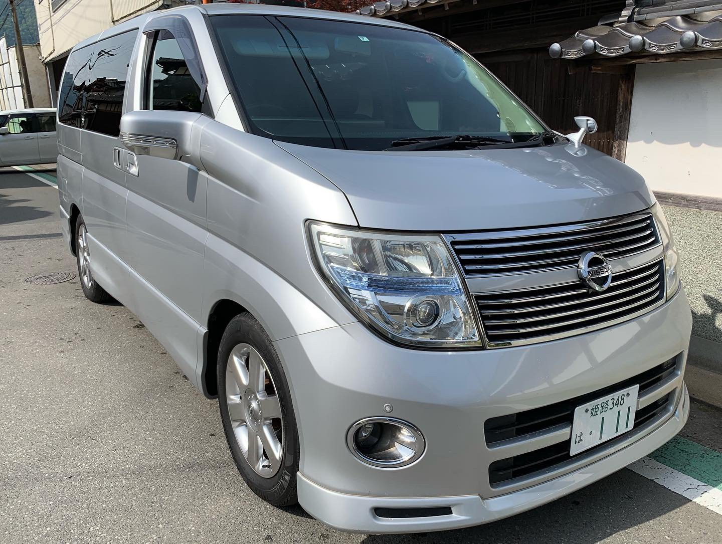 2008 Stunning Nissan Elgrand Highway Star Black Leather Edition SOLD (picture 1 of 6)