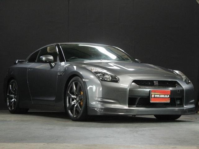Nissan GT-R Premium Edition 2008 from Japan For Sale (picture 1 of 6)