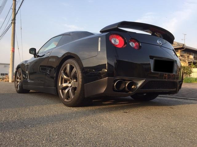 Nissan GT-R Premium Edition 2007 from Japan For Sale (picture 3 of 6)